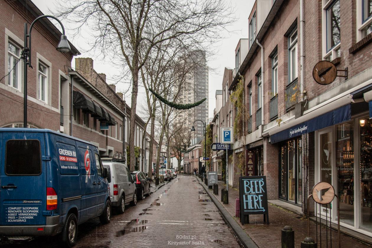 Typowa, boczna uliczka w Eindhoven