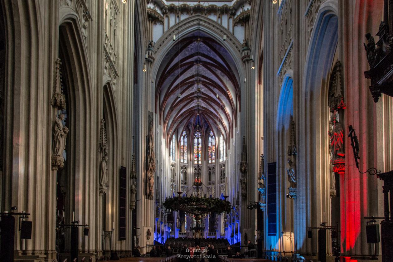 Wnętrze Katedry Św. Jana