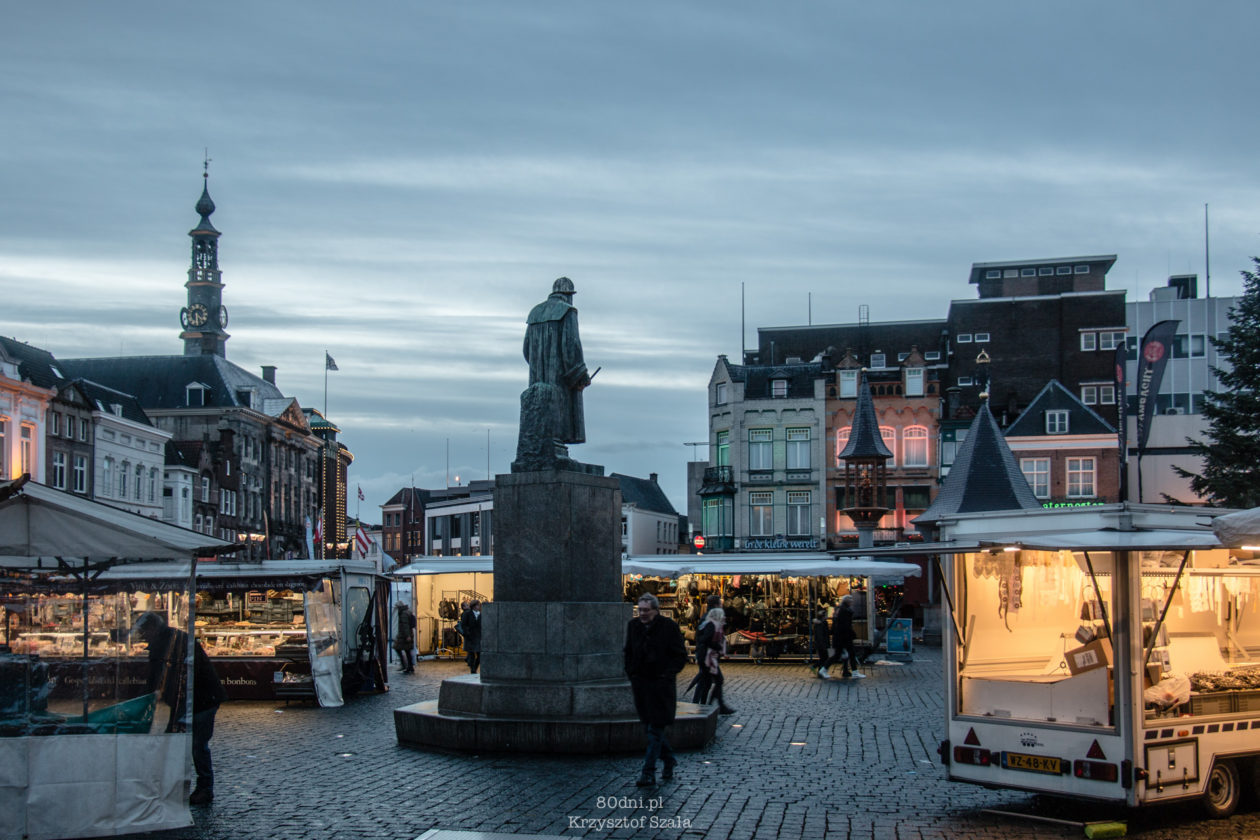 Pomnik Hieronymusa Boscha - wybitnego niderlandzkiego malarza