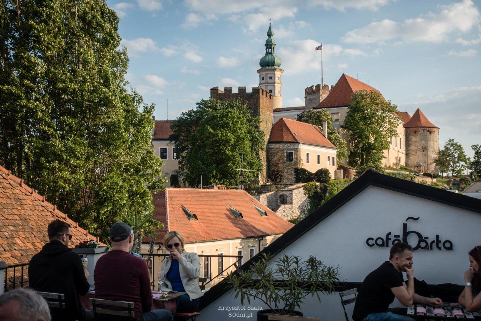 Café Bárta – obowiązkowa miejscówka gastronomiczna w Mikulovie.
